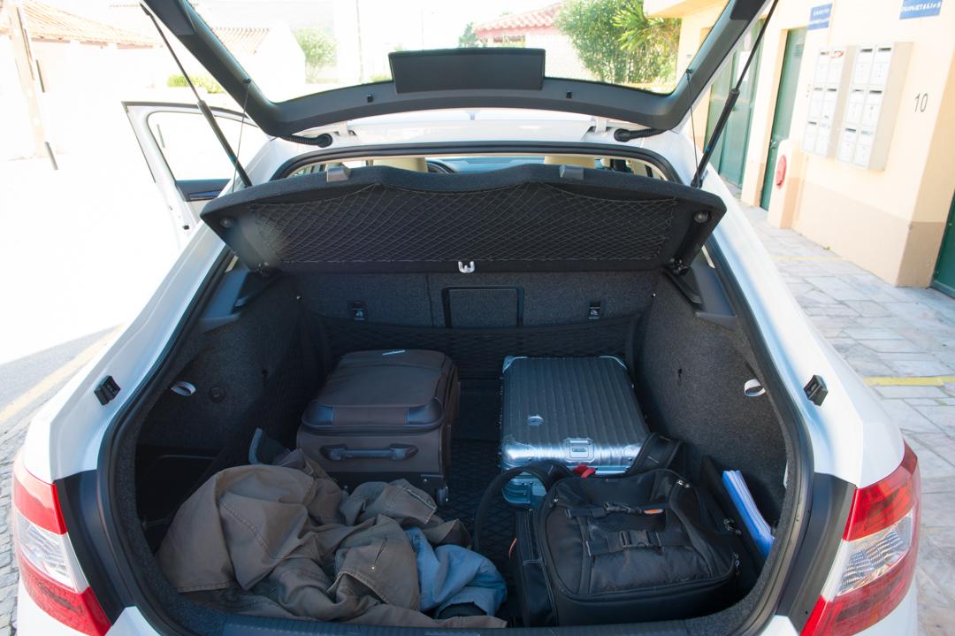 2013-skoda-octavia-iii-limousine-weiss-portugal-faro-9323