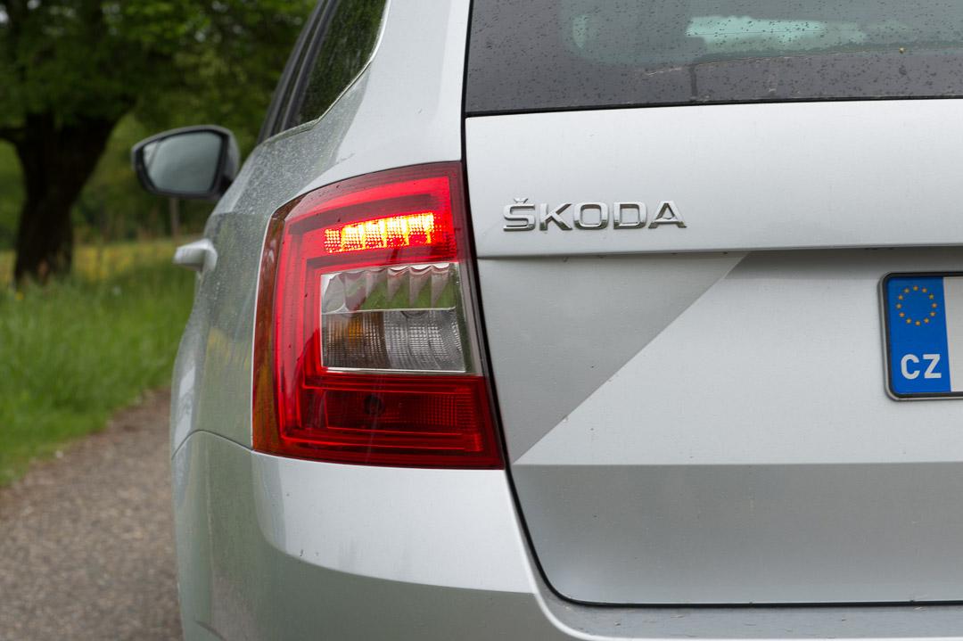 2013-skoda-octavia-iii-combi-20-tdi-4x4-150ps-silber-21