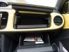 2013-volkswagen-vw-beetle-cabriolet-20-tdi-saturnyellow-14