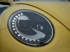2013-volkswagen-vw-beetle-cabriolet-20-tdi-saturnyellow-21
