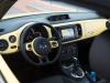 2013-volkswagen-vw-beetle-cabriolet-20-tdi-saturnyellow-27