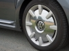 2013-volkswagen-vw-beetle-20-tdi-cabriolet-70s-grau-platinum-grey-metallic-03