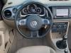 2013-volkswagen-vw-beetle-20-tdi-cabriolet-70s-grau-platinum-grey-metallic-35