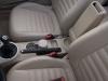 2013-volkswagen-vw-beetle-20-tdi-cabriolet-70s-grau-platinum-grey-metallic-42