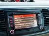 2013-volkswagen-vw-beetle-20-tdi-cabriolet-70s-grau-platinum-grey-metallic-72