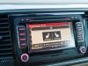 2013-volkswagen-vw-beetle-20-tdi-cabriolet-70s-grau-platinum-grey-metallic-73