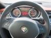 2014-Alfa-Romeo-Giulietta-16-JTDM-silber-42