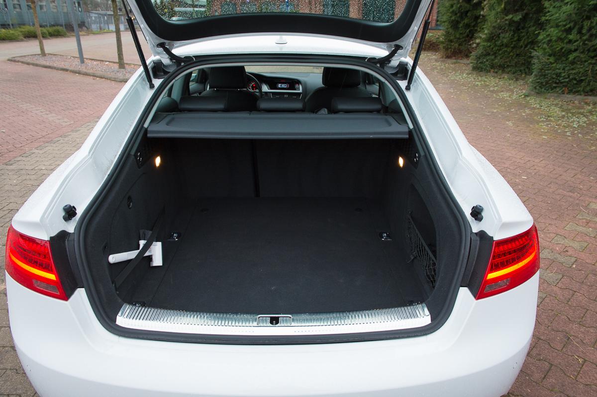 auf einen kaffee mit dem 2014 audi a5 sportback 2 0 tfsi quattro sarahs fahrbericht auto. Black Bedroom Furniture Sets. Home Design Ideas