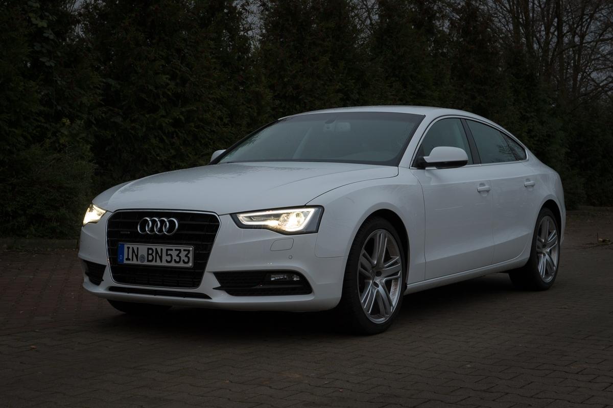 2014-Audi-A5-Sportback-20-TFSI-quattro-weiss-02