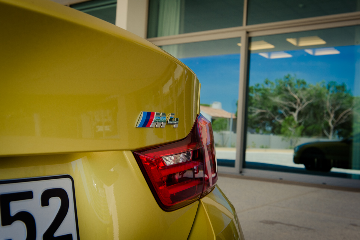 2014-bmw-m4-coupe-f82-austin-yellow-portugal-10