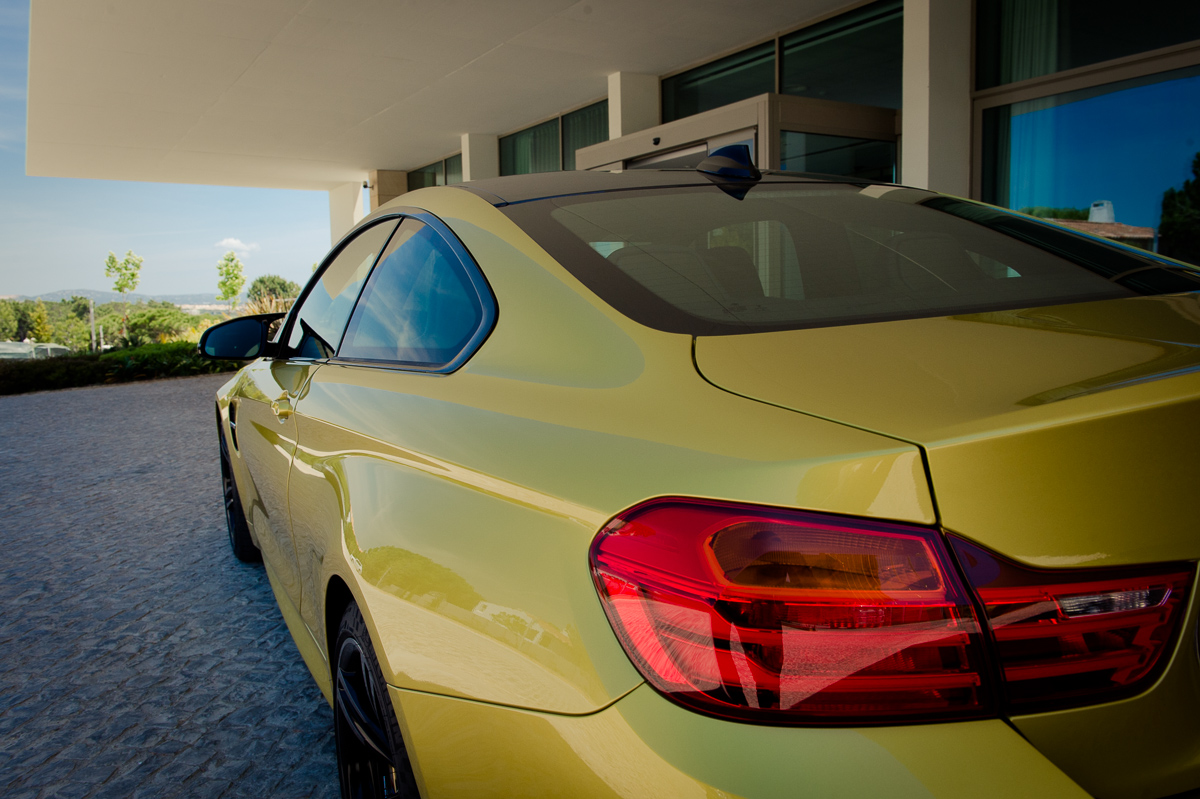 2014-bmw-m4-coupe-f82-austin-yellow-portugal-12