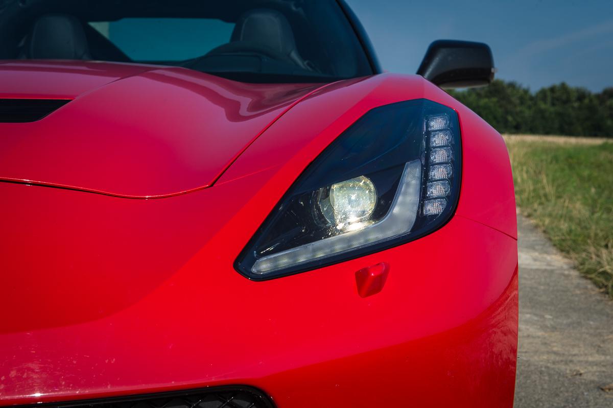 2014-Chevrolet-Corvette-C7-Stingray-Targa-EU-rot-21