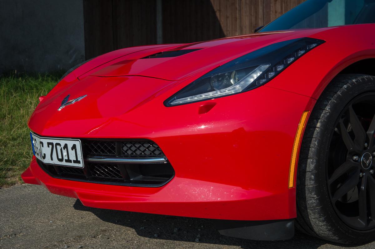 2014-Chevrolet-Corvette-C7-Stingray-Targa-EU-rot-23
