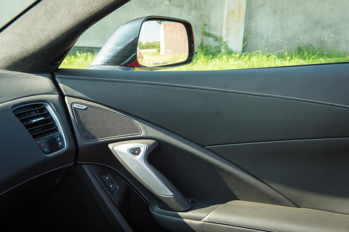 2014-Chevrolet-Corvette-C7-Stingray-Targa-EU-rot-35