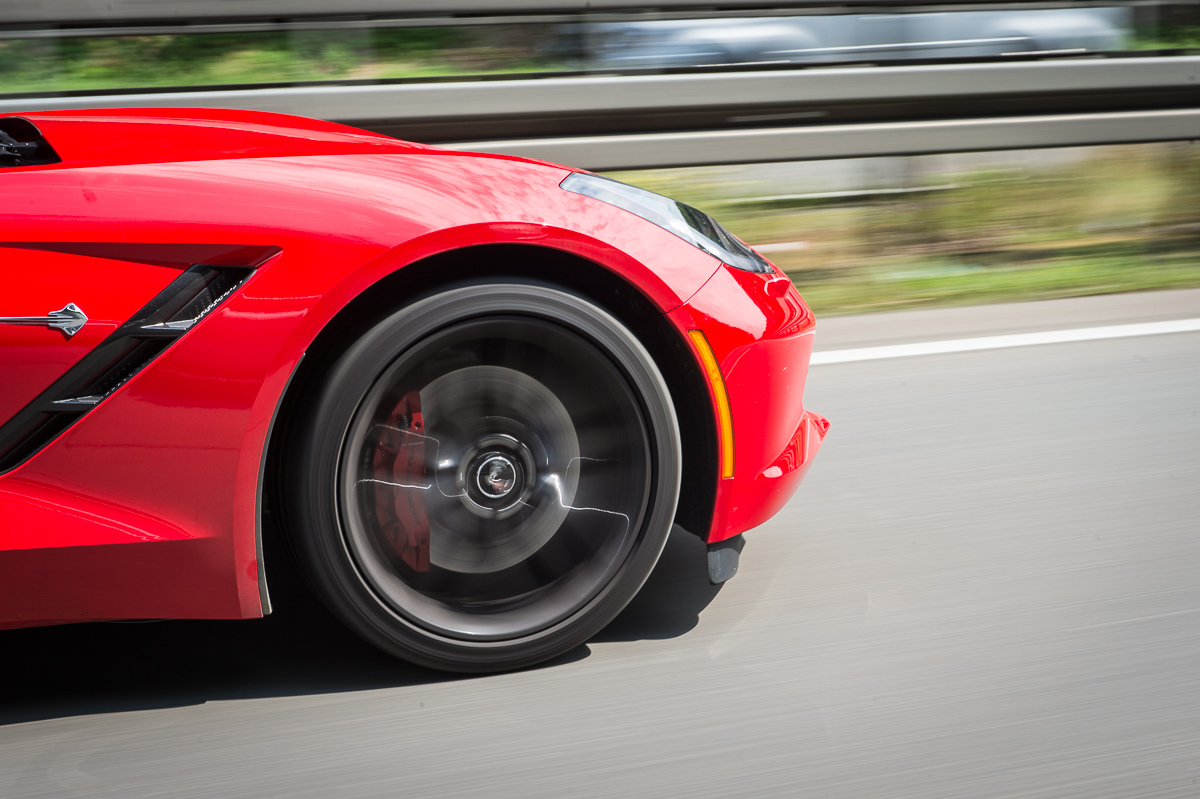 2014-Chevrolet-Corvette-C7-Stingray-Targa-EU-rot-39