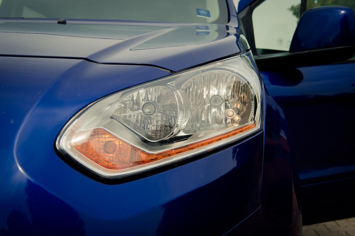 2014-Ford-Torneo-Connect-10-ecoboost-titanium-indic-blau-09