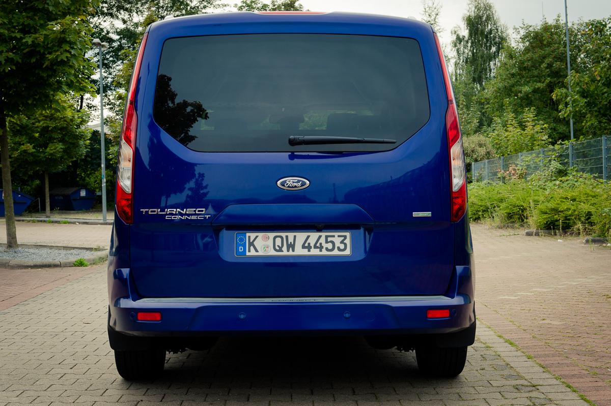 2014-Ford-Torneo-Connect-10-ecoboost-titanium-indic-blau-13