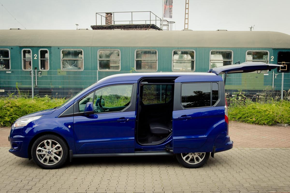 2014-Ford-Torneo-Connect-10-ecoboost-titanium-indic-blau-05