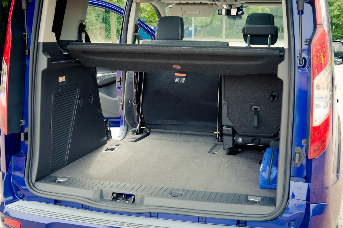 2014-Ford-Torneo-Connect-10-ecoboost-titanium-indic-blau-12