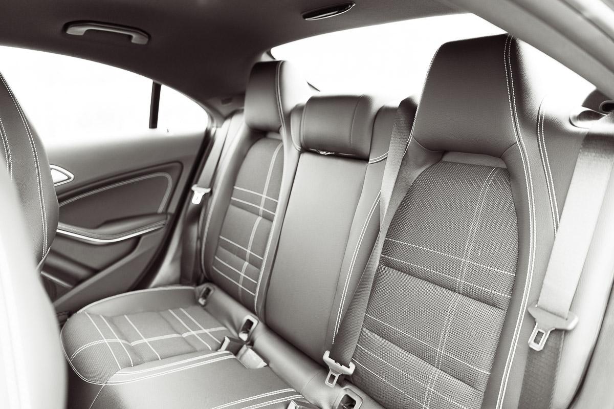 2014-Mercedes-Benz-CLA-220-CDI-grau-21