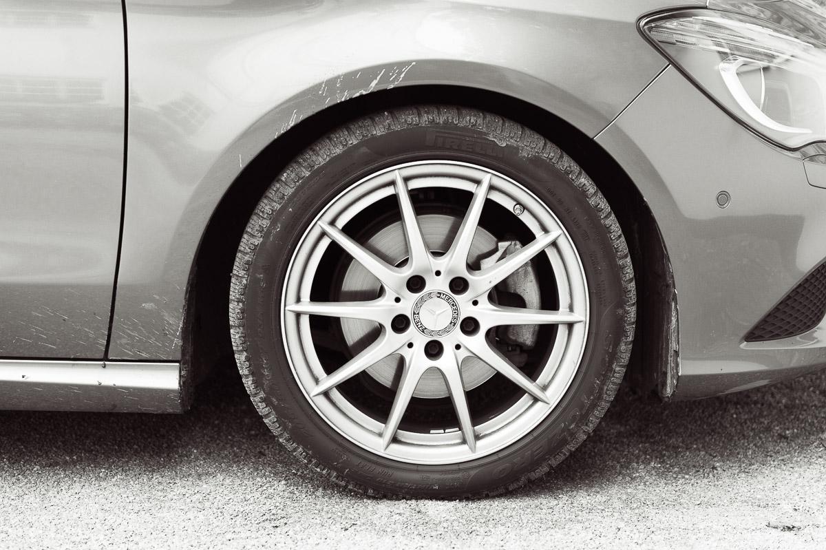 2014-Mercedes-Benz-CLA-220-CDI-grau-31