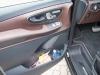 2014-Mercedes-Benz-V-Klasse-V250-BlueTEC-Edition1-schwarz-19
