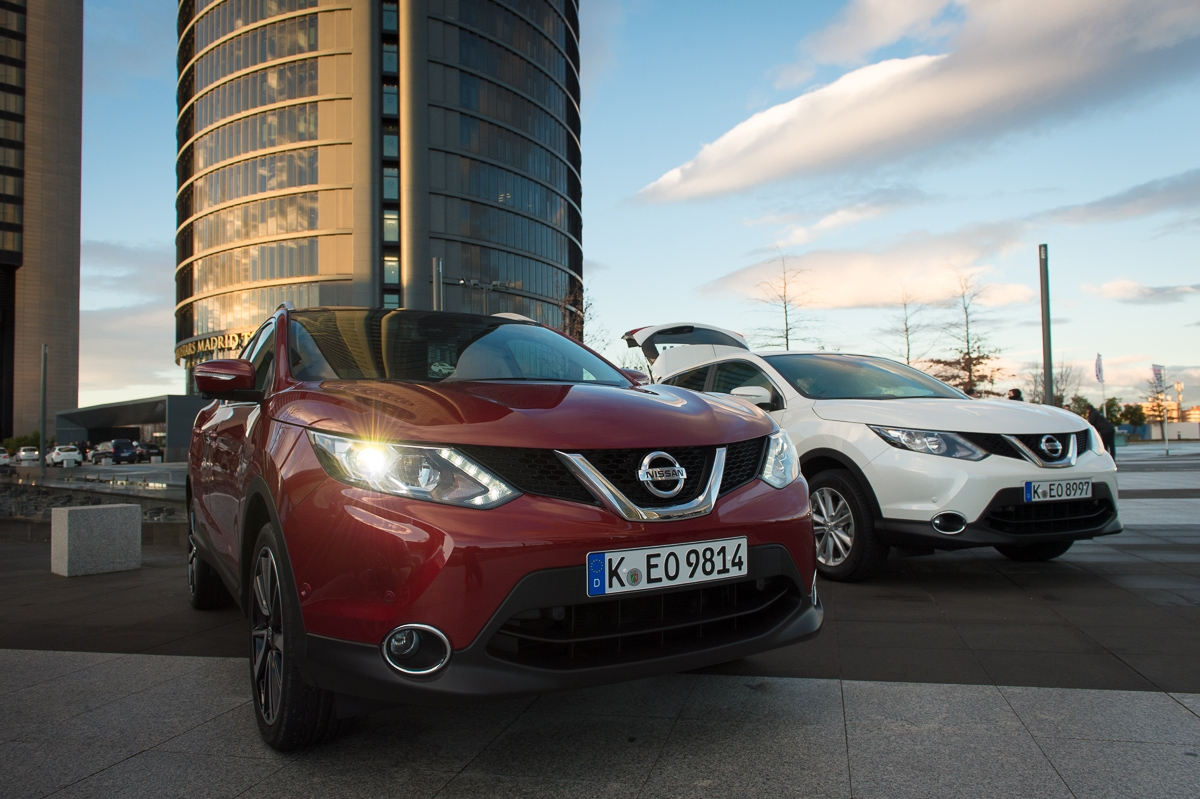 2014-nissan-qashqai-1-2-dic-t-tekna-naj-new-red-madrid-16