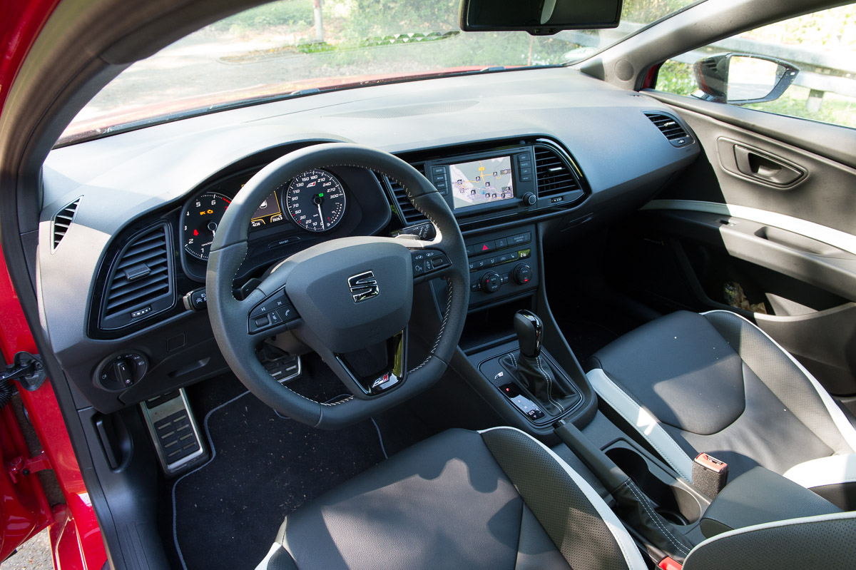 Kurze probefahrt mit dem 2014 seat leon cupra 280 auto for Seat ibiza innenraum