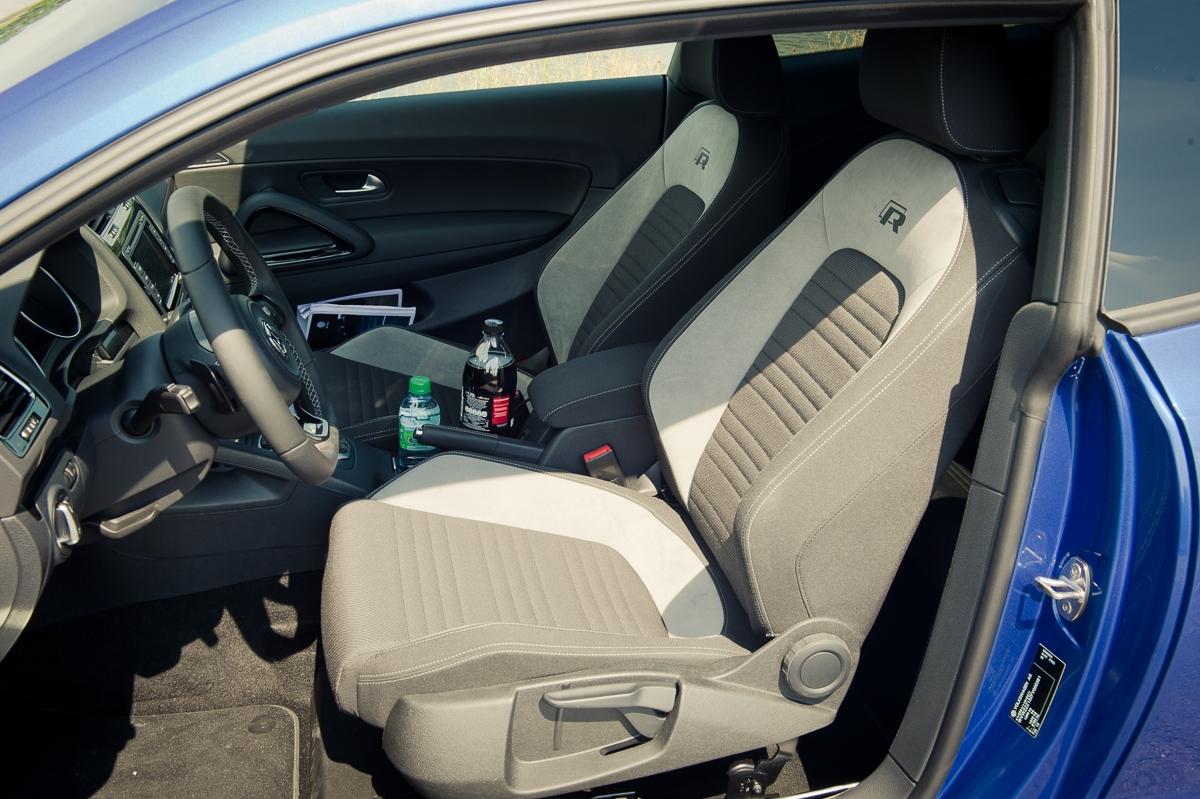 2014-volkswagen-vw-scirocco-r-facelift-rising-blue-metallic-15