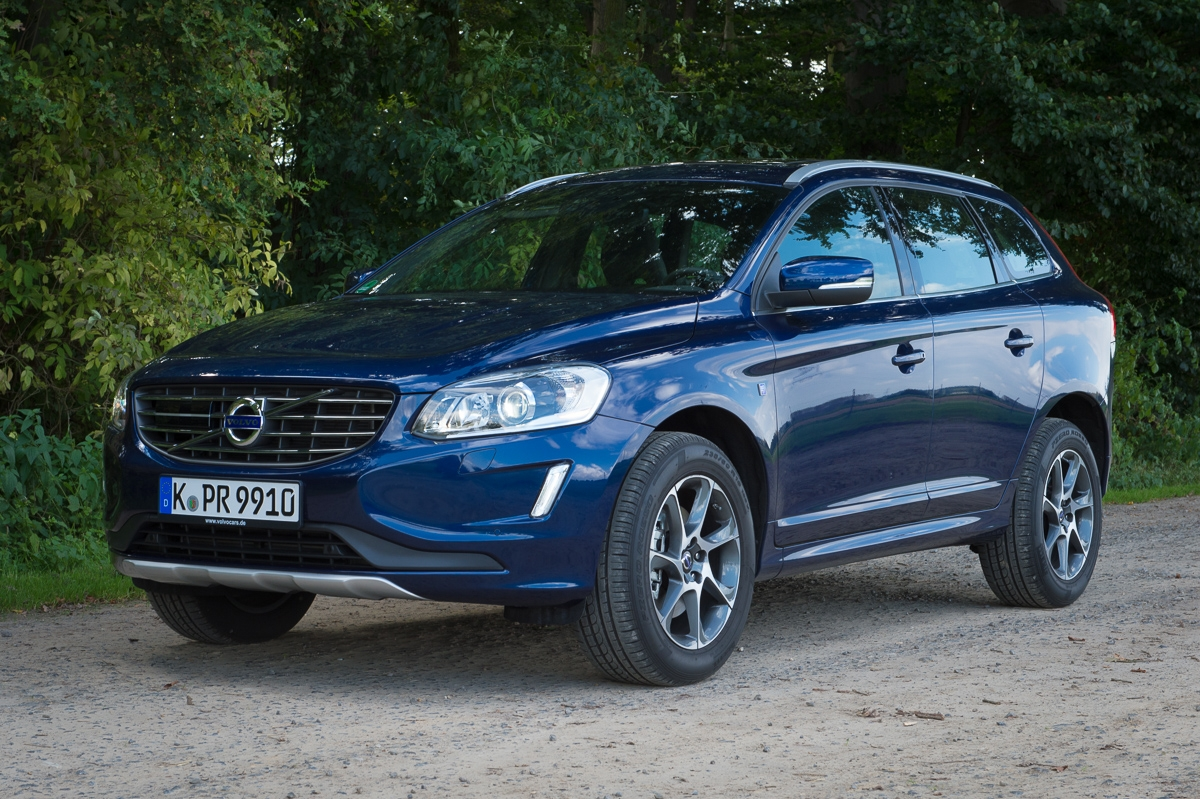 2014 volvo xc60 d5 awd geartronic ocean race erfahrungen. Black Bedroom Furniture Sets. Home Design Ideas