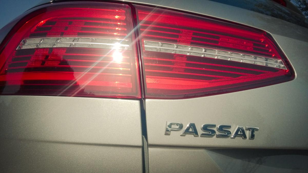 2014-Volkswagen-VW-Passat-20-TDI-4MOTION-14