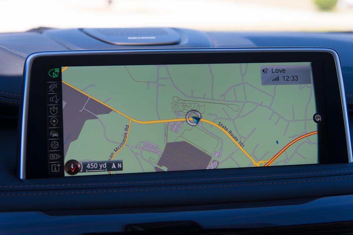 2015-BMW-X6-F16-weiss-spartanburg-11