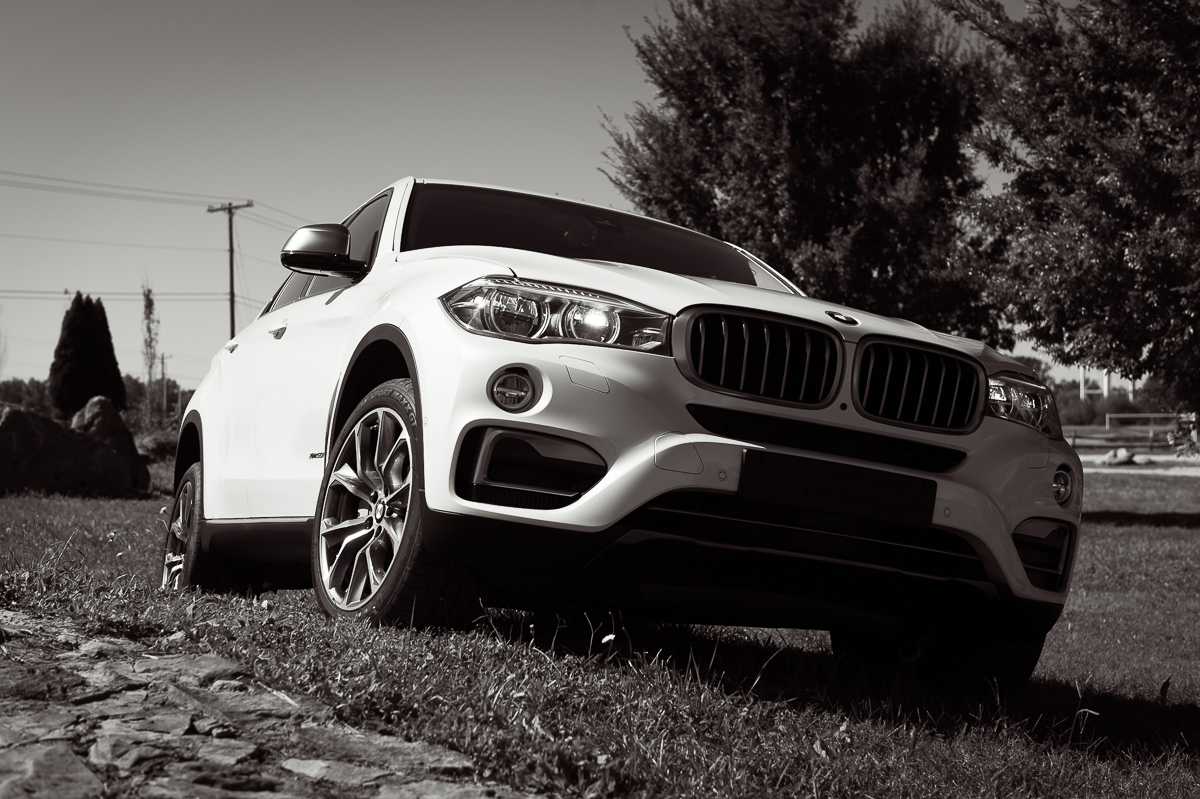 2015-BMW-X6-F16-weiss-spartanburg-17
