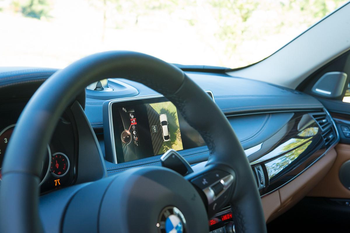 2015-BMW-X6-F16-weiss-spartanburg-38