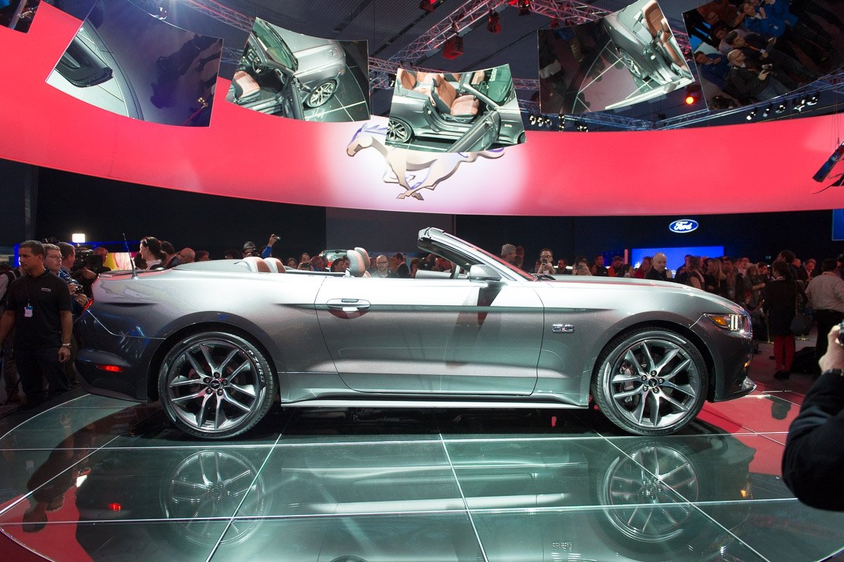 2015-ford-mustang-rot-cabriolet-grau-gofurther-2013-barcelona-42