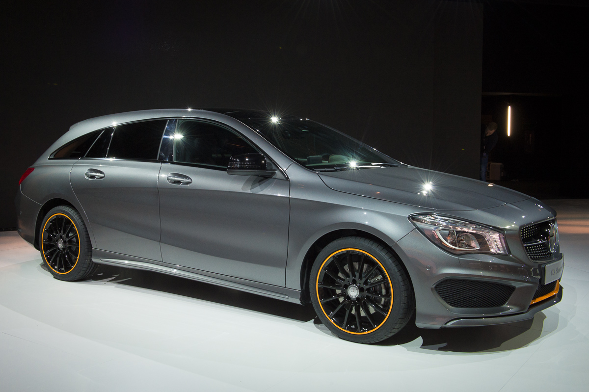 2015-Mercedes-Benz-CLA-250-4MATIC-Shooting-Brake-OrangeArt Edition-X117-01