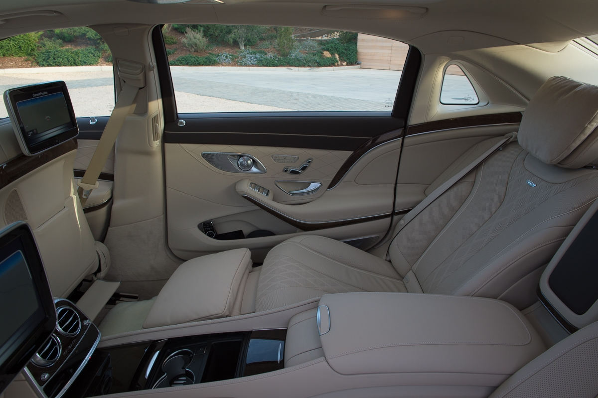 2015-Mercedes-Maybach-S600-braun-Santa-Barbara-31