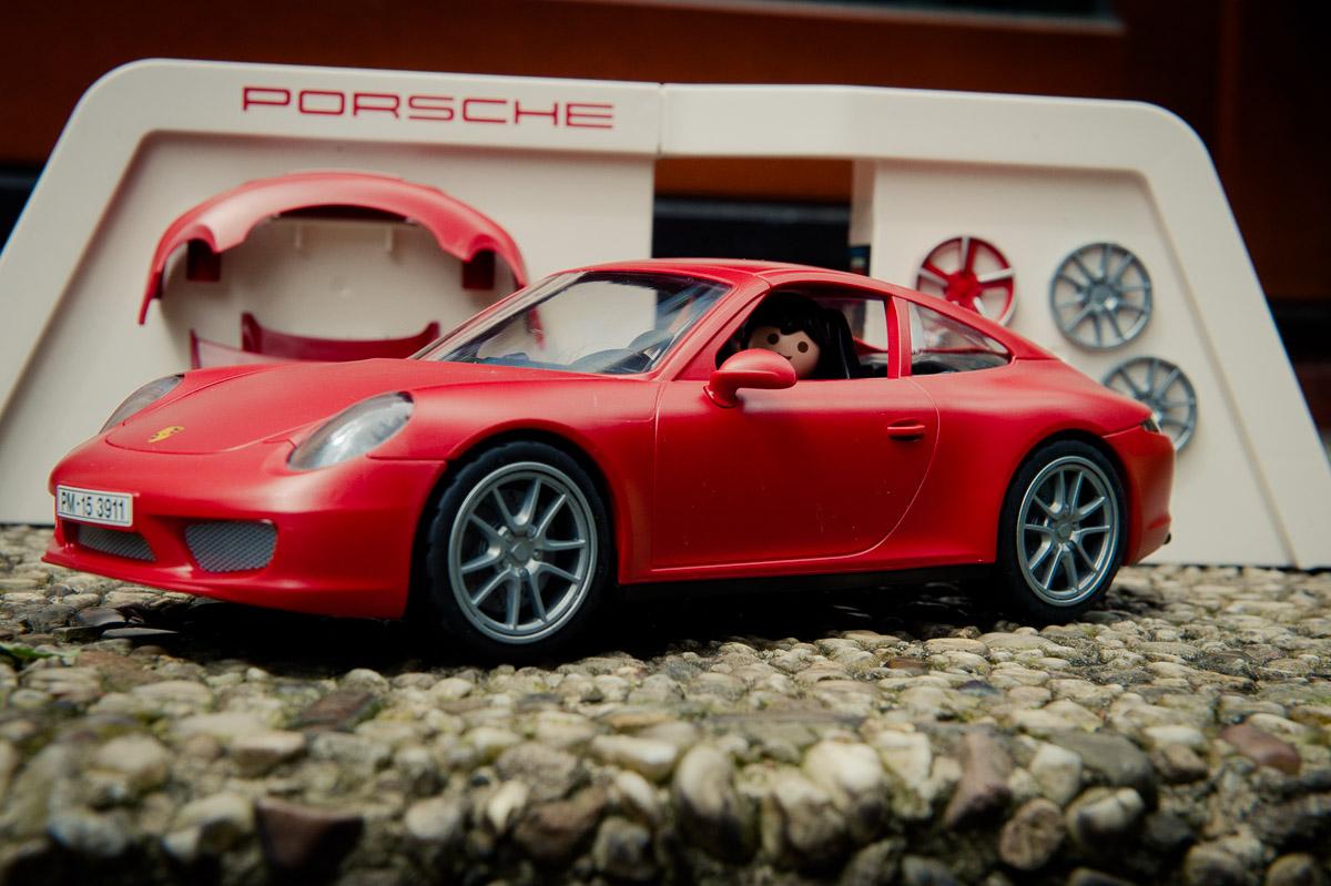 2015-Playmobil-3911-Porsche-911-Carrera-S-rot-14.jpg