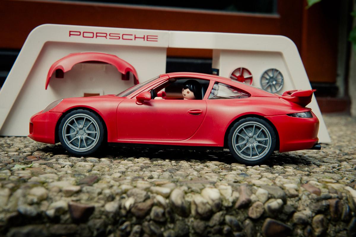 2015-Playmobil-3911-Porsche-911-Carrera-S-rot-22.jpg