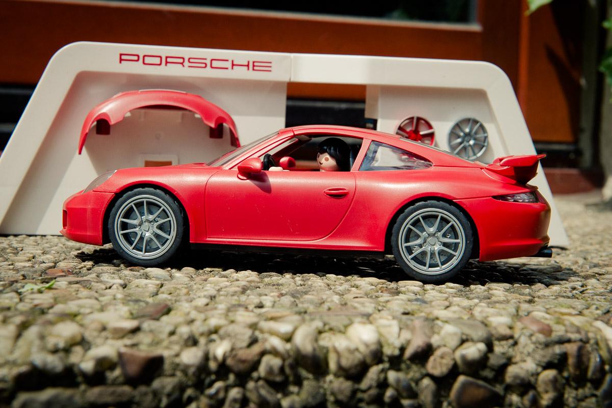 2015-Playmobil-3911-Porsche-911-Carrera-S-rot-23.jpg