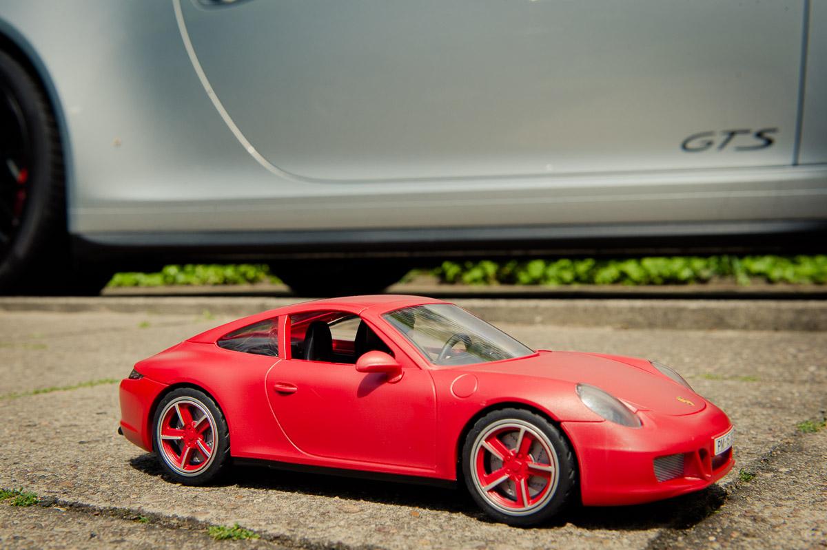 2015-Playmobil-3911-Porsche-911-Carrera-S-rot-32.jpg
