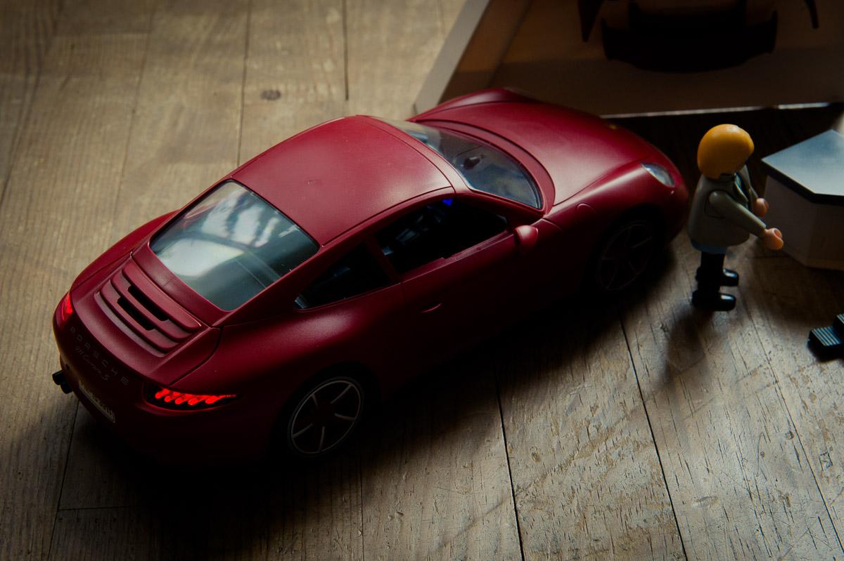 2015-Playmobil-3911-Porsche-911-Carrera-S-rot-11.jpg