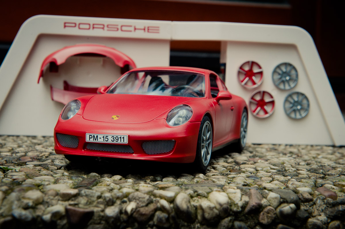 2015-Playmobil-3911-Porsche-911-Carrera-S-rot-16.jpg
