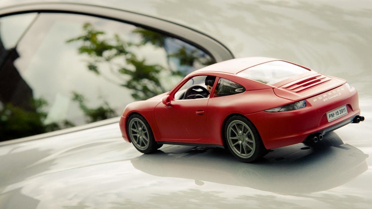 2015-Playmobil-3911-Porsche-911-Carrera-S-rot-30.jpg