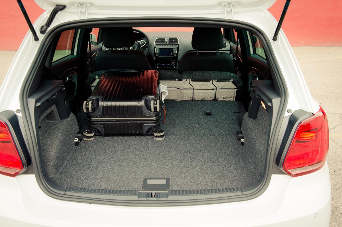 2015-Volkswagen-VW-Polo-GTI-6R-onyx-weiss-29