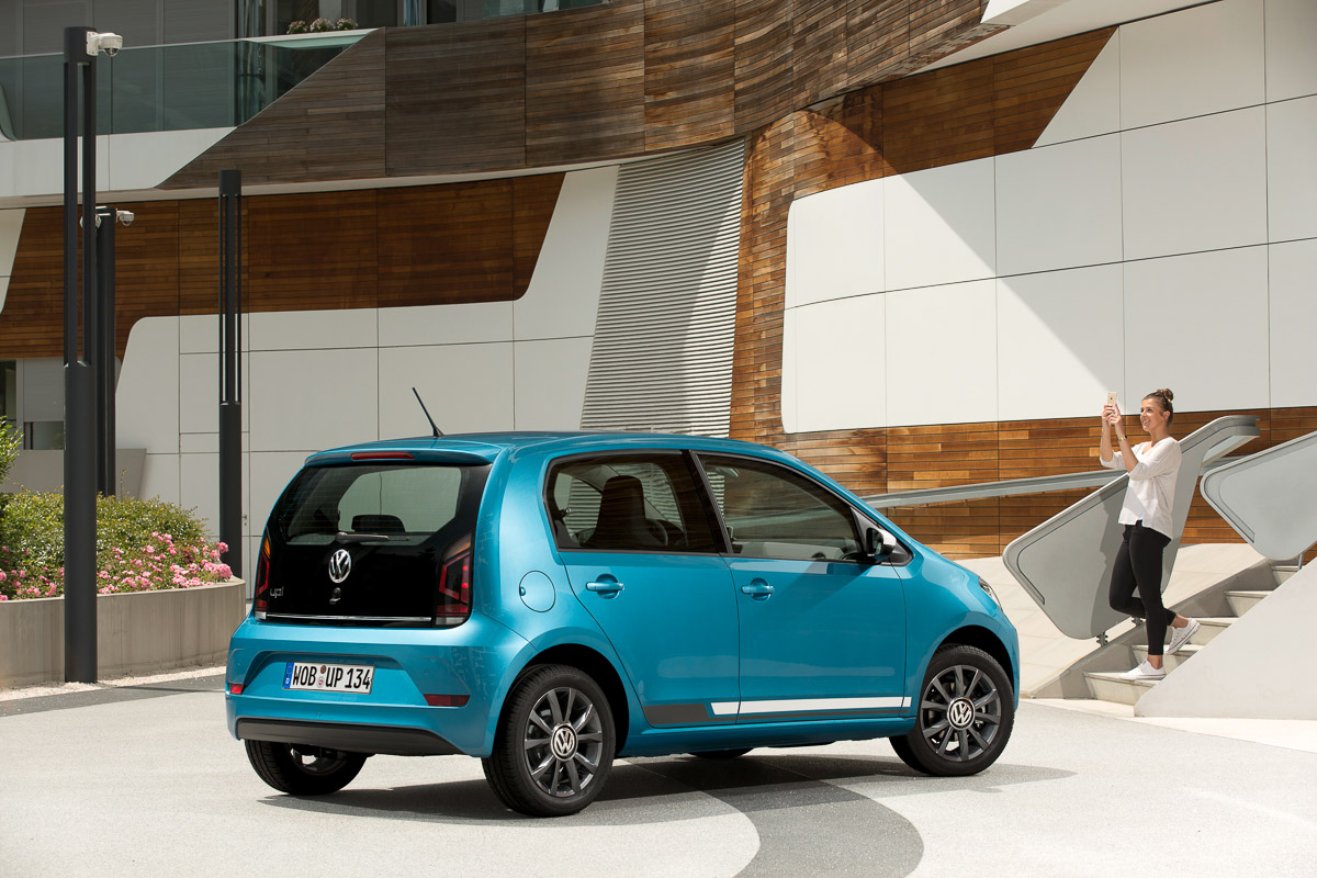 2016-Volkswagen-VW-up1-Pressebilder-24