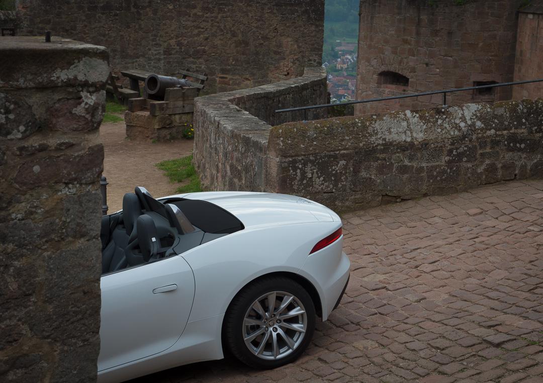 2013-jaguar-ftype-v6-polaris-white-michelstadt-02