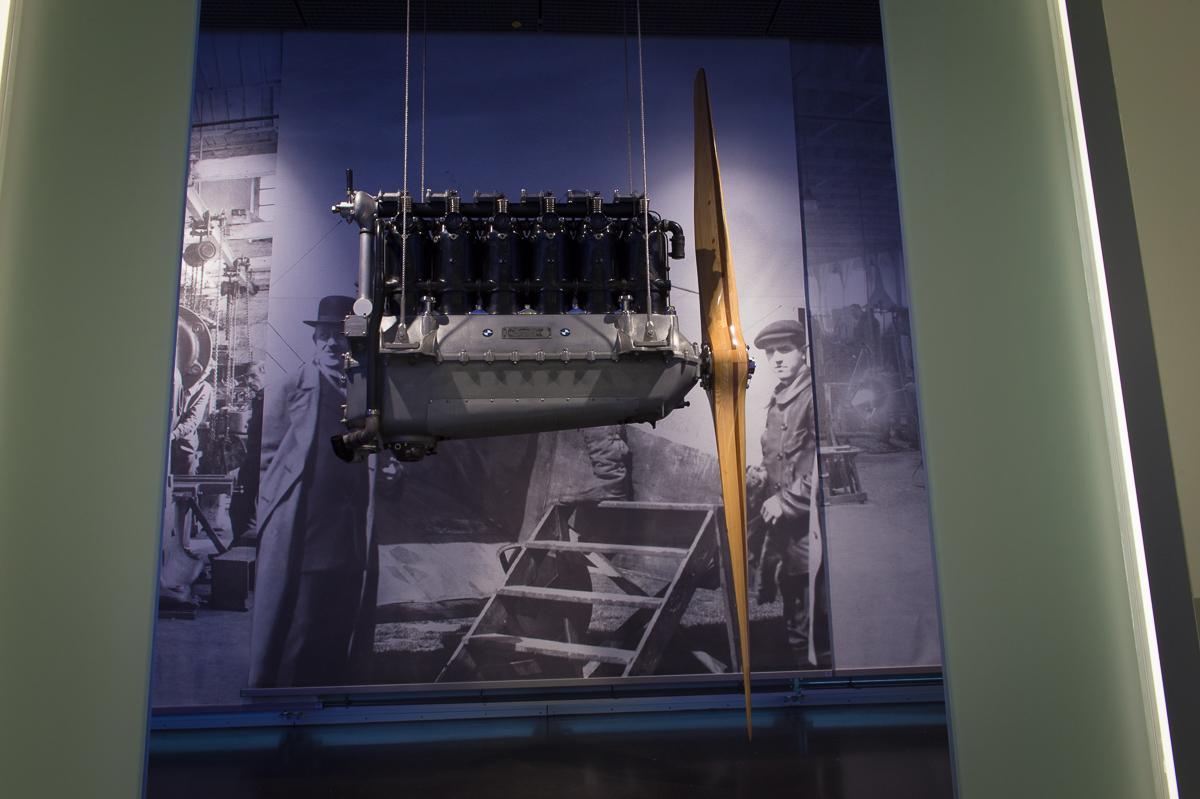 2014-12-Besuch-BMW-Museum-Munich-02