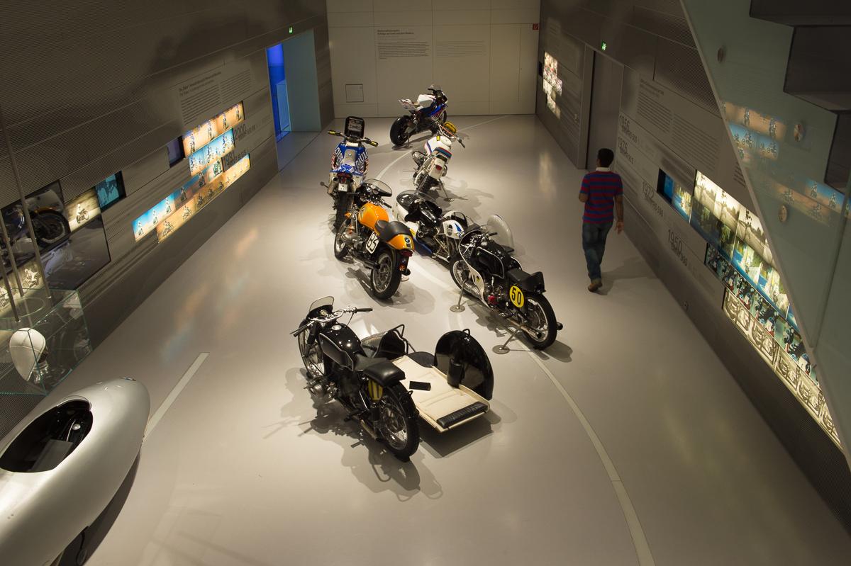 2014-12-Besuch-BMW-Museum-Munich-11