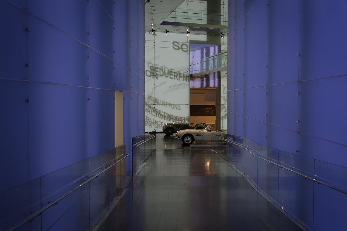 2014-12-Besuch-BMW-Museum-Munich-26
